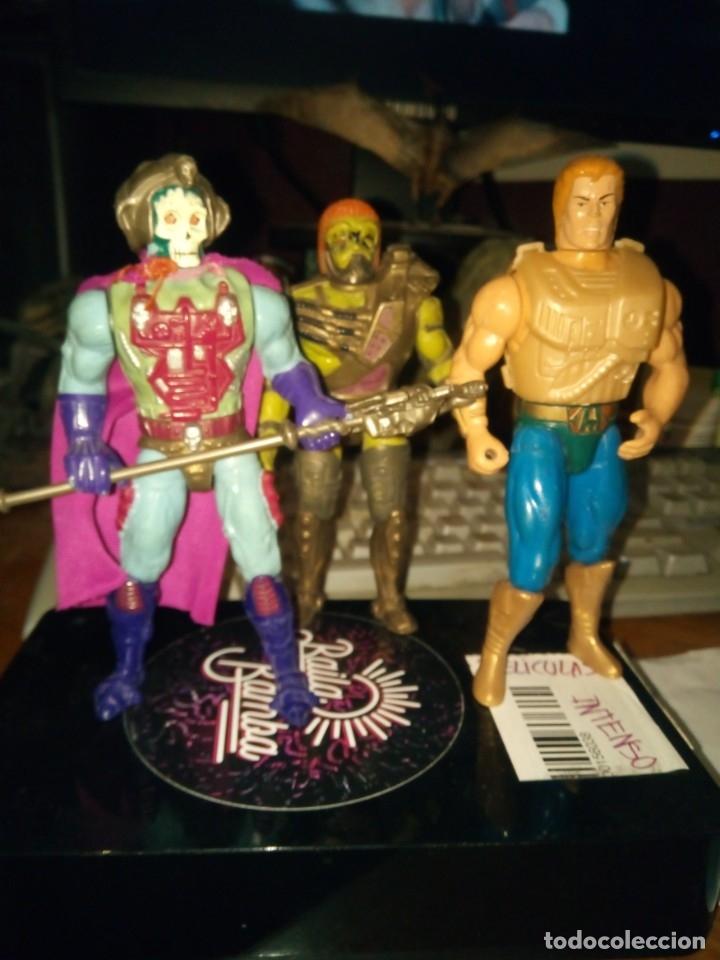 HE-MAN SKELETOR Y KARATTI NEW ADVENTURES MASTERS UNIVERSO UNIVERSE (Juguetes - Figuras de Acción - Master del Universo)