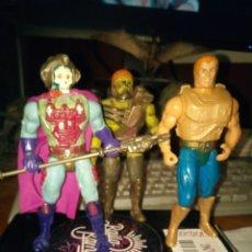 Figuras Masters del Universo: HE-MAN SKELETOR Y KARATTI NEW ADVENTURES MASTERS UNIVERSO UNIVERSE. Lote 183193845