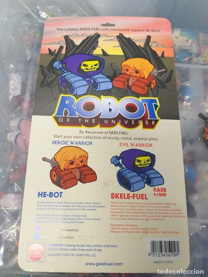 Figuras Masters del Universo: masters del universo Geek Fuel Epic Enamels Robot of the Universe New Collectible He-Bot Pin - Foto 3 - 192126525