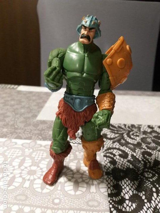 FIGURA DE ACCION MASTERS DEL UNIVERSO MAN AT ARMS (Juguetes - Figuras de Acción - Master del Universo)