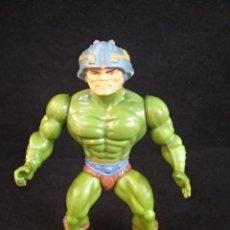 Figuras Masters del Universo: FIGURA MAN-AT-ARMS MÁSTERS DEL UNIVERSO. MATTEL 1981. Lote 195769040