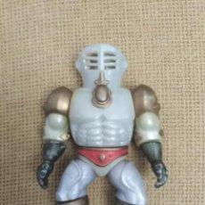 Figuras Masters del Universo: MUÑECO EXTENDAR MASTER DEL UNIVERSO. Lote 208107103