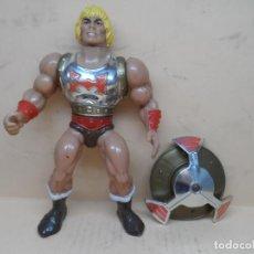 Figuras Masters del Universo: MOTU HE-MAN PUÑO BOLEADOR 1985 MATTEL. Lote 212824413