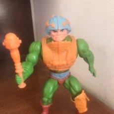 Figuras Masters del Universo: MOTU VINTAGE MAN AT ARMS TAIWAN, MASTER OF THE UNIVERSE. Lote 213054913