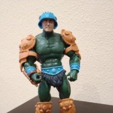 Figuras Masters del Universo: SNAKE MAN-AT-ARMS MASTERS OF THE UNIVERSE CLASSICS -MATTEL MATTY ADULT COLLECTOR- MOTUC, MOTU. Lote 218240596