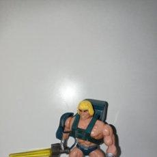 Figuras Masters del Universo: HE MAN HEMAN MASTERS DEL UNIVERSO HE MAN LASER POWER ESPADA LUMINOSA ARMADA CUSTOM CAB ITALY 1987. Lote 218904326
