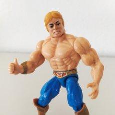 Figuras Masters del Universo: HE-MAN THUNDER PUNCH MASTERS UNIVERSO NUEVAS AVENTURAS MOTU FIGURA ACCIÓN MUÑECO. Lote 244949060