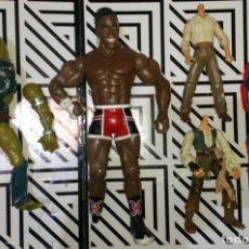 Figuras Masters del Universo: LOTE DE 5 FIGURAS, HE-MAN,WWE,INDIANA JONES,SPIDERMAN,PIRATAS...CON DEFECTOS, PARA PIEZAS O REPARAR. Lote 279335233