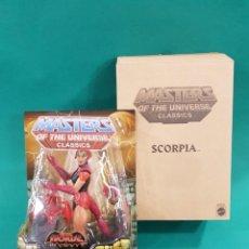 Figuras Masters del Universo: MASTERS DEL UNIVERSO CLASSICS MOTUC SCORPIA NUEVO MINT. Lote 251975220