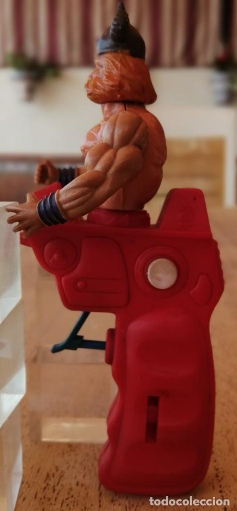 Figuras Masters del Universo: Antigua pistola de agua, Galaxy Warrior, parecido Master del Universo - Foto 3 - 288172593