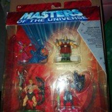 Figuras Masters del Universo: MASTERS DEL UNIVERSO CAJA CON 4 FIGURAS PVC HE-MAN, ORKO, SKELETOR Y RAM MAN. Lote 294494908