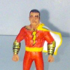 Figuras y Muñecos DC: SHAZAM ! ( CAPITAN MARVEL ) FIGURA DE PLASTICO. Lote 9512175