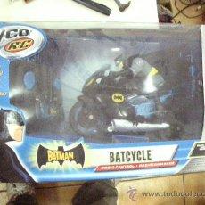 Figuras y Muñecos DC: BATCYCLE BATMAN RADIO CONTROL DE TYCO R/C. Lote 32844464