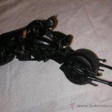 Figuras y Muñecos DC: FIGURA DE BATMAN EN SU MOTO. Lote 35673161