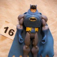 Figuras y Muñecos DC: FIGURA BATMAN CON CAPA. Lote 39071686