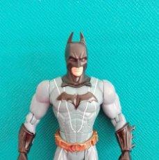 Figuras y Muñecos DC: FIGURA ARTICULADA BATMAN TM & DC COMICS M5053. Lote 52621469