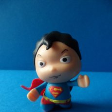 Figuras y Muñecos DC: FIGURA SUPERMAN NIÑO - SUPERMAN LITTLE MATES - DC COMICS - ORIGINAL. Lote 56700301