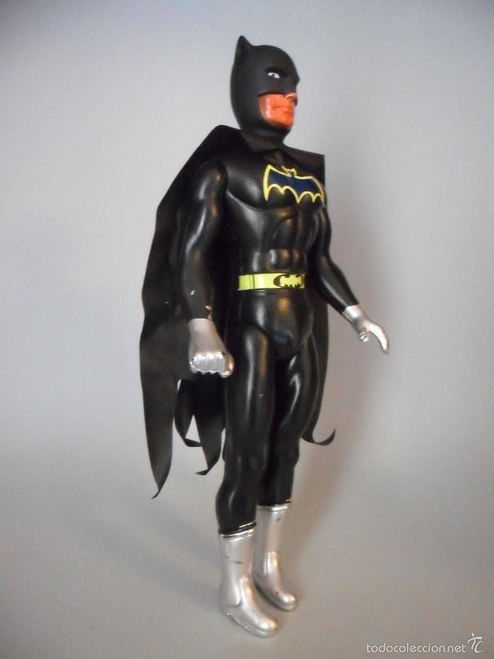 Figuras y Muñecos DC: ANTIGUA FIGURA DE BATMAN BOOTLEG DE PLASTICO SOPLADO DE 25 CM - Foto 2 - 58226214