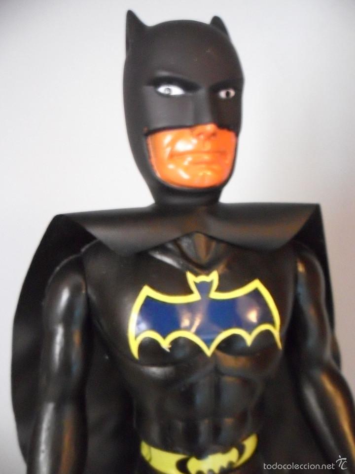 Figuras y Muñecos DC: ANTIGUA FIGURA DE BATMAN BOOTLEG DE PLASTICO SOPLADO DE 25 CM - Foto 6 - 58226214