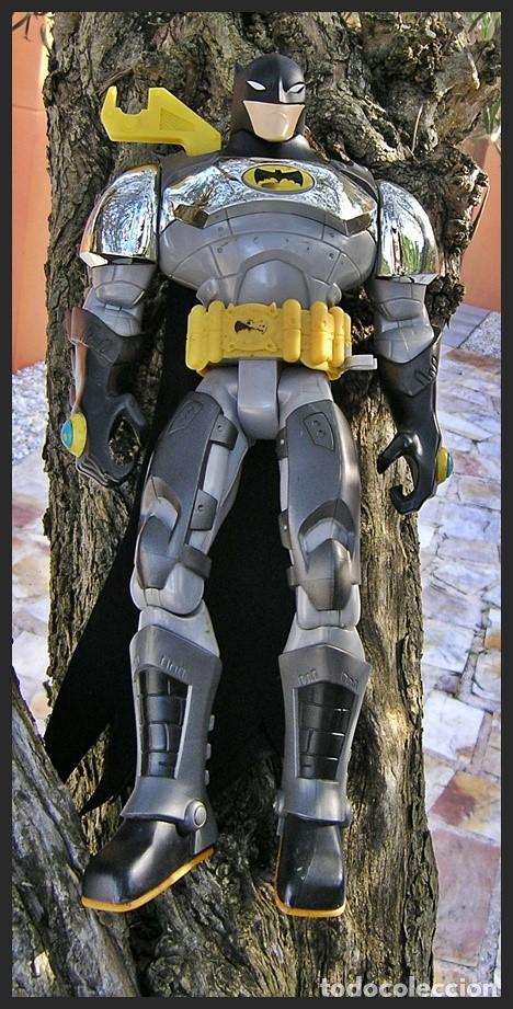 Figuras y Muñecos DC: Batman TM & DC Comics S06....articulable....medidas 40 X 20 cms - Foto 3 - 62222236