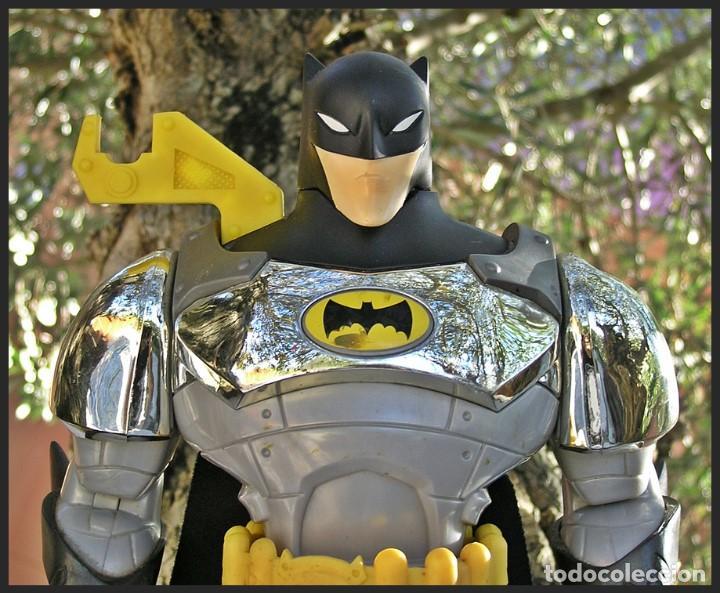 Figuras y Muñecos DC: Batman TM & DC Comics S06....articulable....medidas 40 X 20 cms - Foto 5 - 62222236