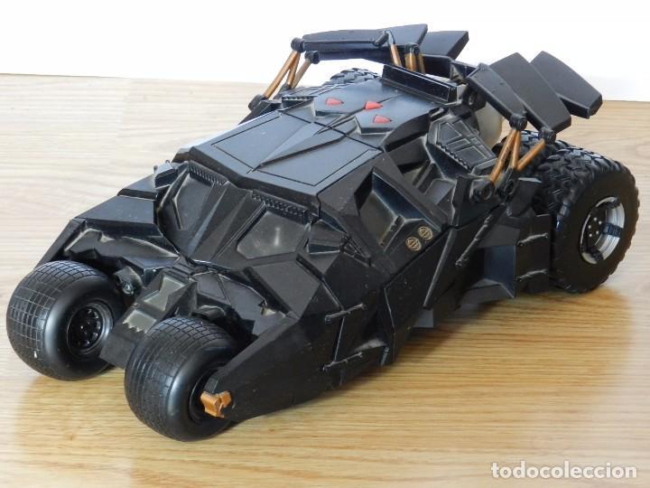 BATMAN BEGINS ELECTRONIC BATMOBILE TUMBLER 2005 MATTEL