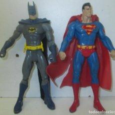 Figuras y Muñecos DC: 2 FIGURAS DE ACCIÓN, BATMAN Y SUPERMAN, DC COMICS, 16 CMTS.. Lote 101025559