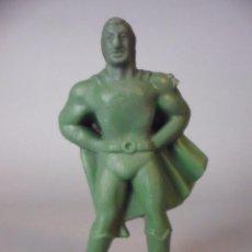 Figuras y Muñecos DC: SUPERMAN ANTIGUA FIGURA DE PLASTICO DE 6.5 CM . Lote 104068243