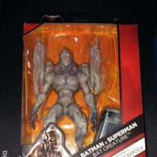 Figuras y Muñecos DC: BAT CREATURE 15CM NUEVA EN CAJA BATMAN V. SUPERMAN DC MULTIVERSE MATTEL DNG59. Lote 105170059