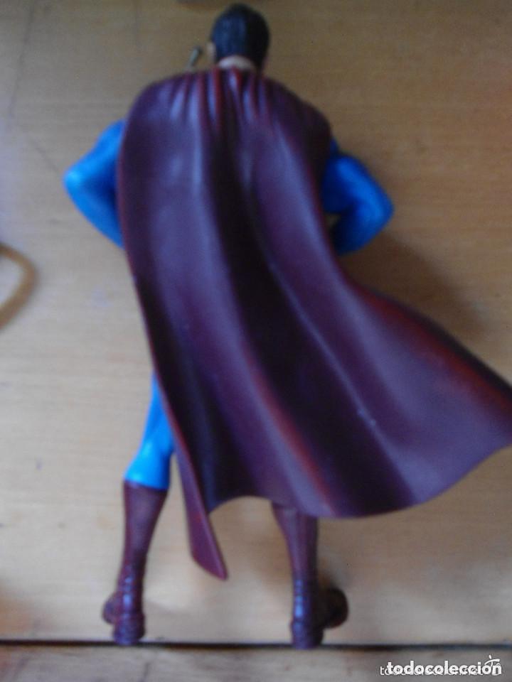 Figuras y Muñecos DC: FIGURA SUPERMAN INVENCIBLE - TM & DC COMICS - Foto 3 - 180859317