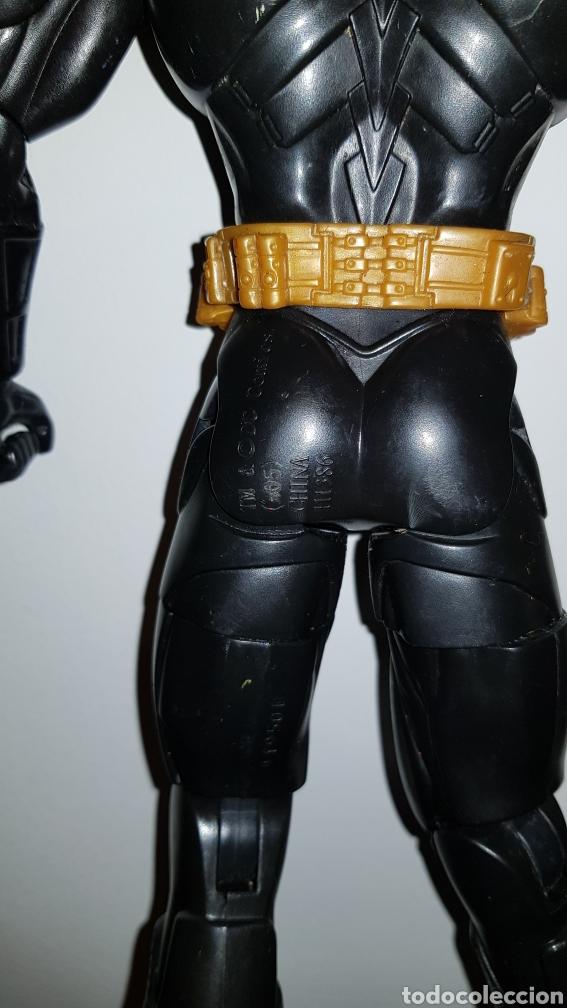 Figuras y Muñecos DC: Figura Batman Mattel DC Comics de 35 cm - Foto 4 - 113872935