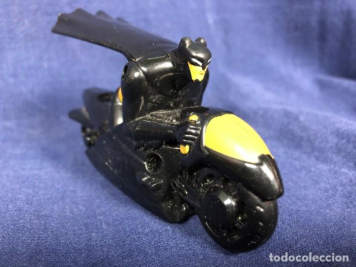 Figuras y Muñecos DC: BATMAN CON MOTO DC COMICS MCDONALDS 6x10x4,5cms perfecto estado - Foto 2 - 117304647