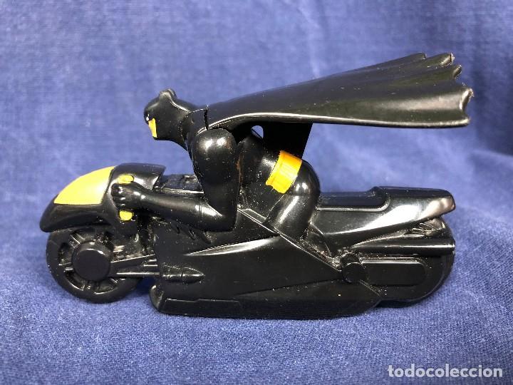 Figuras y Muñecos DC: BATMAN CON MOTO DC COMICS MCDONALDS 6x10x4,5cms perfecto estado - Foto 4 - 117304647
