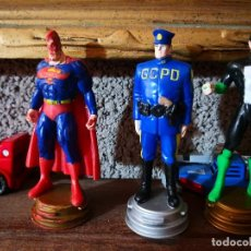 Figuras y Muñecos DC: 3 FIGURAS AJEDREZ SUPER HÉROES DC COMIC. Lote 128207519