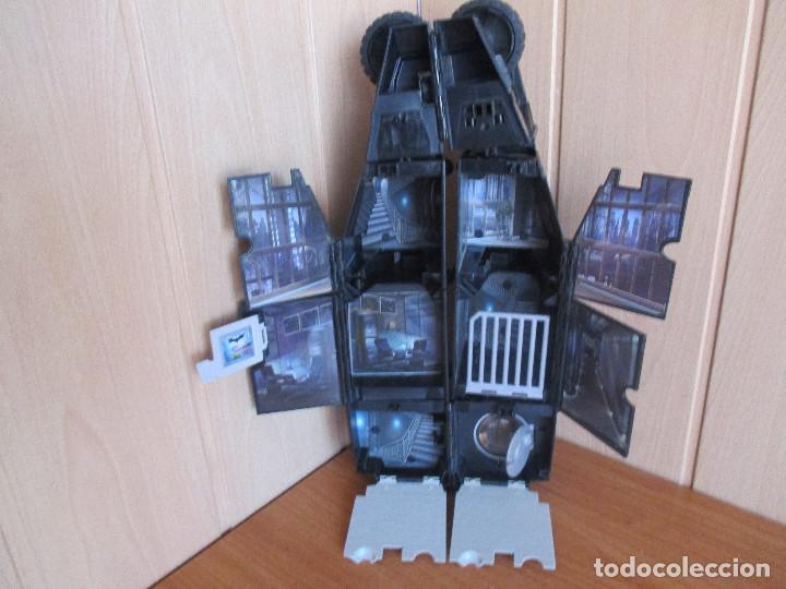 Figuras y Muñecos DC: COCHE BATMOBIL, DC COMICS , TRANSFORMABLE - Foto 3 - 134300086