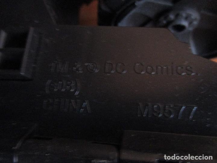Figuras y Muñecos DC: COCHE BATMOBIL, DC COMICS , TRANSFORMABLE - Foto 7 - 134300086