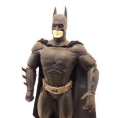 Figuras y Muñecos DC: BATMAN 35 CM DC DIRECT. Lote 161200162