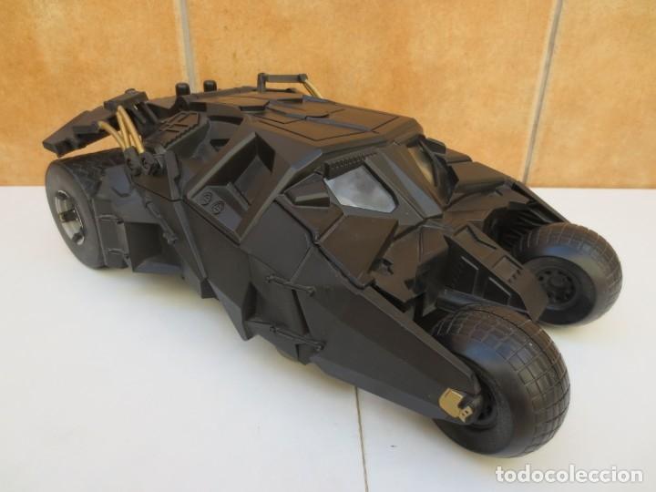 COCHE BATMAN - BATIMOVIL- THE DARK KNIGHT BATMOBILE - ESC.1/18 (Juguetes - Figuras de Acción - DC)