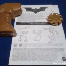 Figuras y Muñecos DC: LOTE INSTRUCCIONES + 2 ARMAS ( BATMAN BEGINS ) MATTEL. Lote 183862811