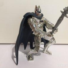 Figuras y Muñecos DC: BATMAN PLATEADO. Lote 184100162