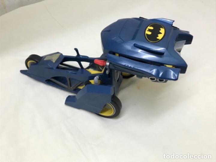 Figuras y Muñecos DC: Antiguo coche batman azul batmobile batmovil dc aerobat alas desplegables - Foto 12 - 190407418