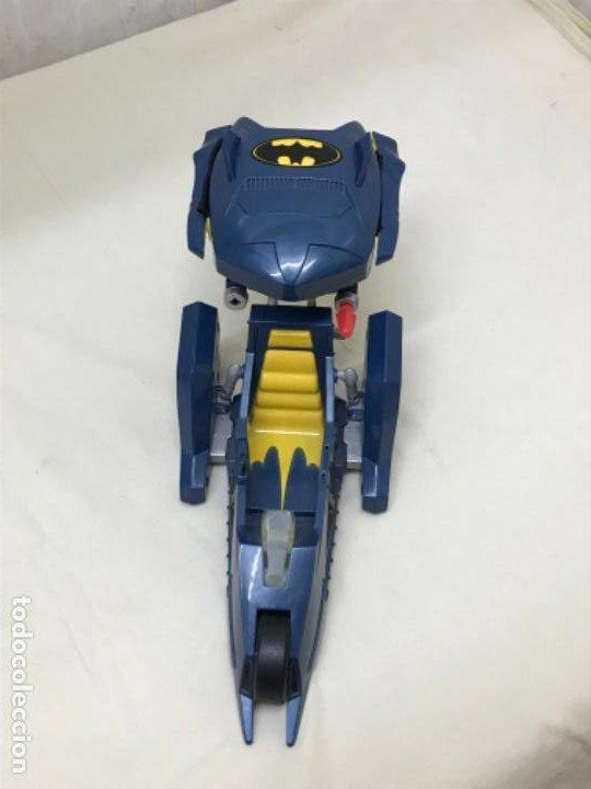 Figuras y Muñecos DC: Antiguo coche batman azul batmobile batmovil dc aerobat alas desplegables - Foto 14 - 190407418