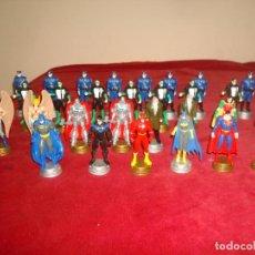 Figuras y Muñecos DC: FIGURAS DC AJEDREZ A FALTA DE DOS PIEZAS. Lote 194341160