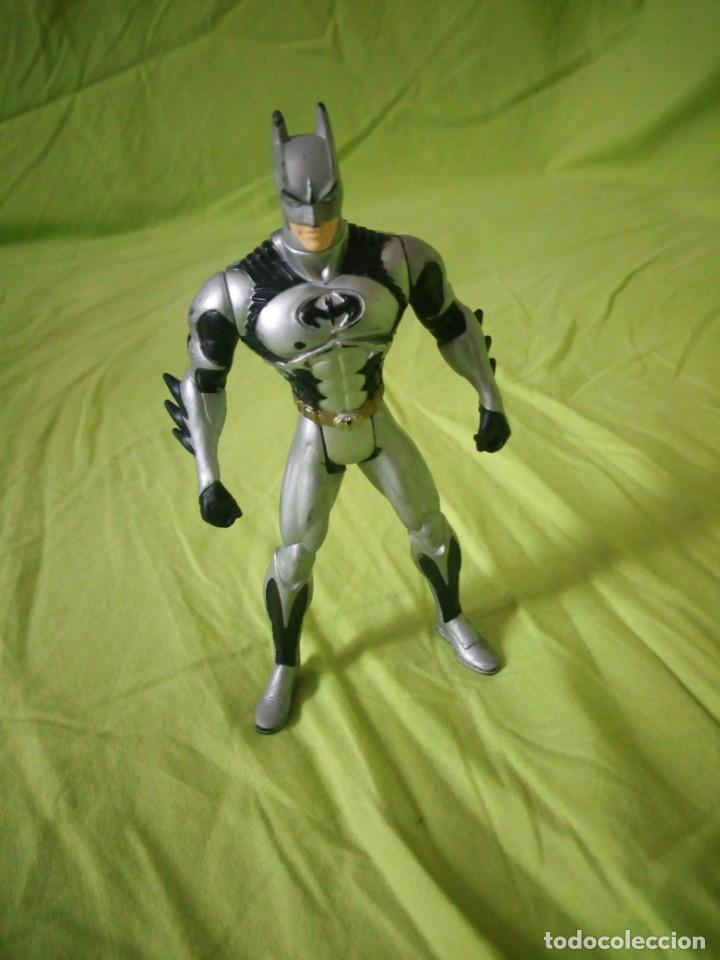 FIGURA DE BATMAN. DC COMICS INC AÑO 1997 KENNER CHINA (Juguetes - Figuras de Acción - DC)