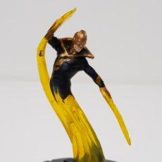 Figuras y Muñecos DC: HEROCLIX SUPER RARA DORADA / THE RAY #054 / TEEN TITANS / 2013 DC COMICS. Lote 196190991