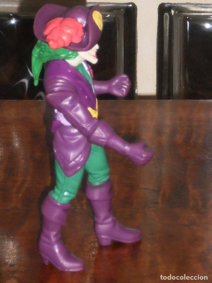 Figuras y Muñecos DC: THE JOKER PIRATA - TM&C -1996 –DC Comics Inc. –KENNER - Foto 6 - 204705265