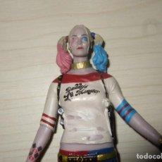 Figuras y Muñecos DC: FIGURA HARLEY QUINN SUICIDE SQUAD DC (FIGURA FLEXIBLE DE GOMA). Lote 204818315