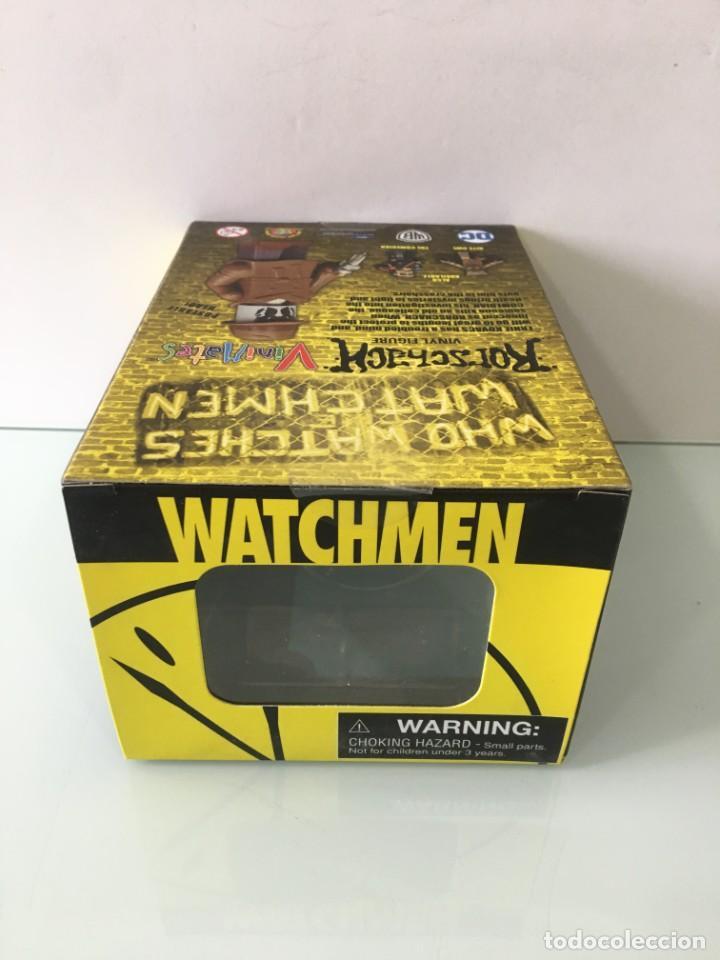 Figuras y Muñecos DC: Figura de vinilo Rorschach Vinimates (12 cm) Watchmen - Foto 11 - 204841245