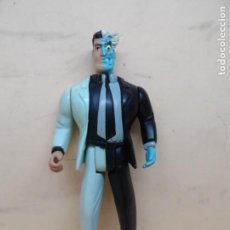 Figuras y Muñecos DC: FIGURA DC BATMAN (TWO-FACE) THE ANIMATED SERIES 1994 KENNER. Lote 205143885