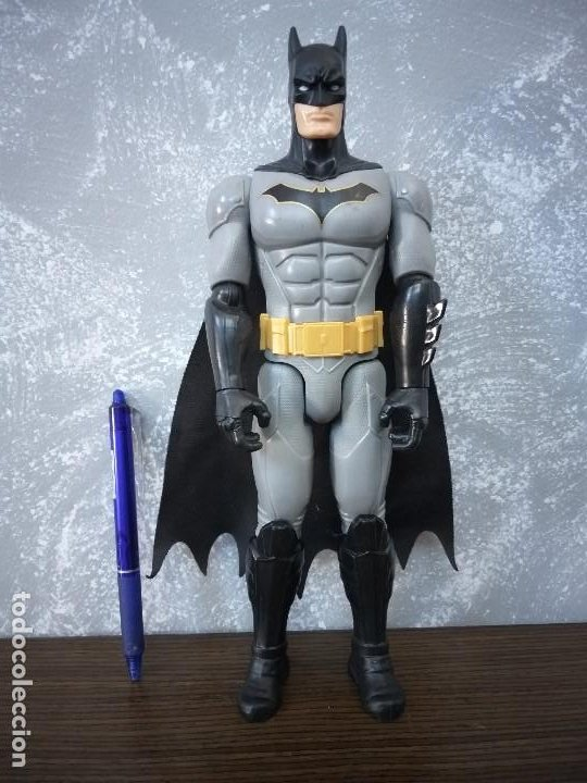 Figuras y Muñecos DC: figura de accion batman 30 cm negro gris capa de tela dc comics - Foto 3 - 213253077